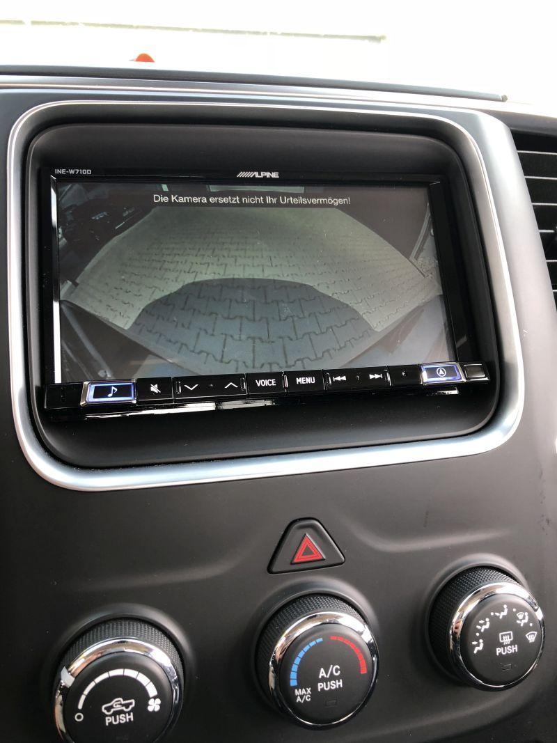 Radioblende im Dodge ram Armaturenbrett